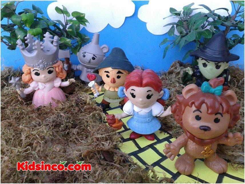 The Wizard of Oz_lion_tin man_scarecrow_witch_fairy godmother_girl