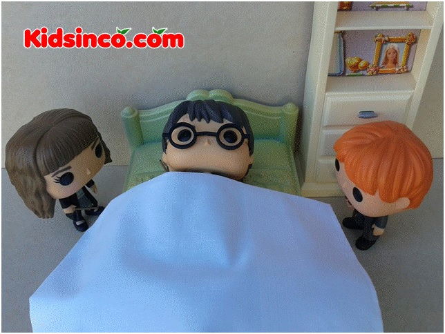 harry Potter_Hermione_Ron_bed_sick_boy_girl