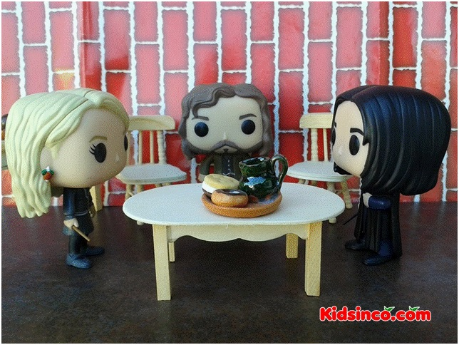 restaurant_-table_chair_severus-snape_girl_boy_funko