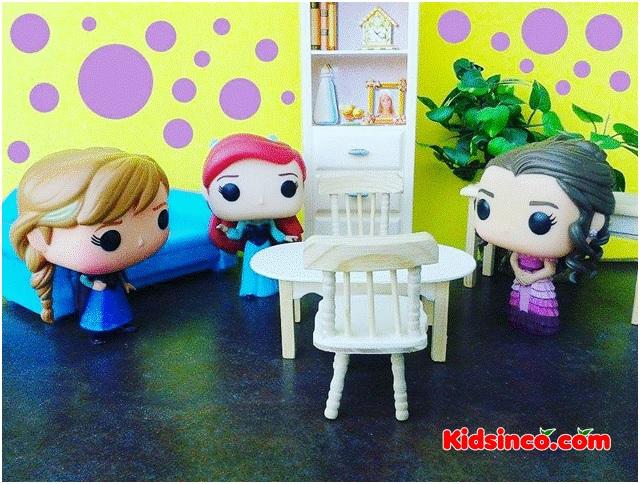 anna_ariel_hermione_girls_table_chairs